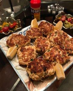 Diva-licious Crab Cakes
